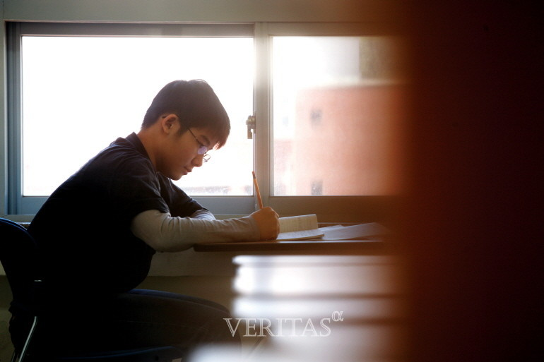 최근 5년간 서울대 지원자 중 수능최저를 만족하지 못한 비율은 평균 44% 수준인 것으로 나타났다. /사진=베리타스알파DB